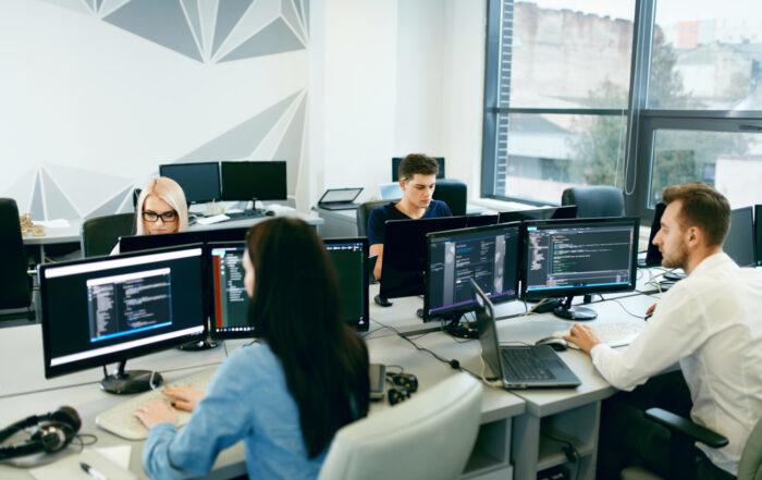 asignaturas de desarrollo de aplicaciones multiplataforma
